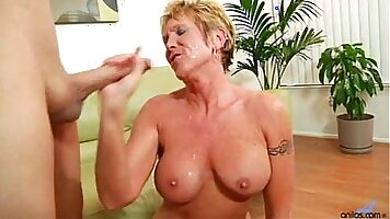 Hot Granny Lusty Huge Auncy Hot Pussy Loves It
